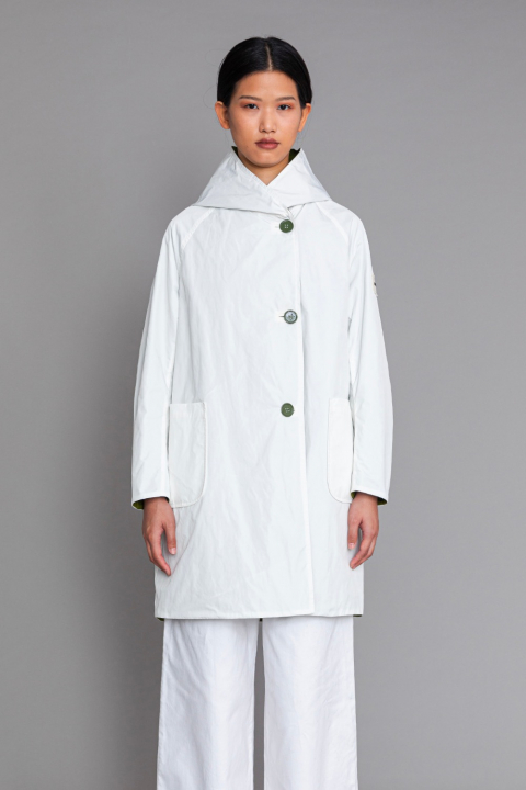 Reversible raincoat with hood in white and olive