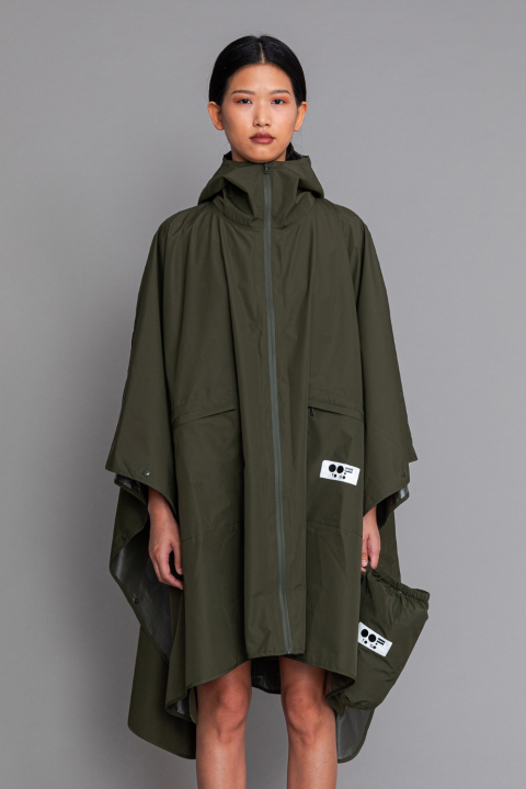 Women's waterproof cape with hood in khaki