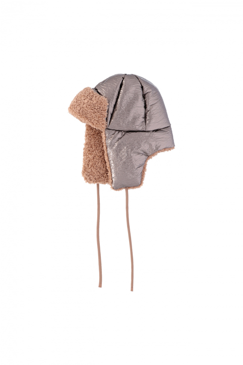 Hat 3004 in dove eco-sheepskin