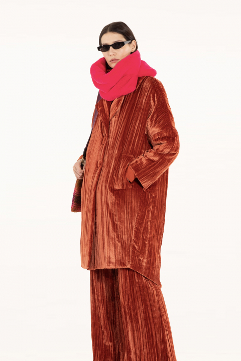 Long coat 9002 in red velvet