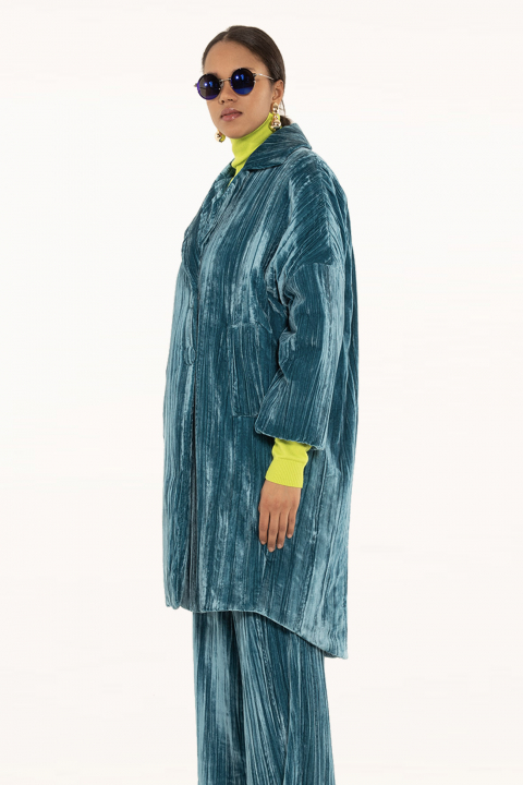 Long coat 9002 in cyan velvet