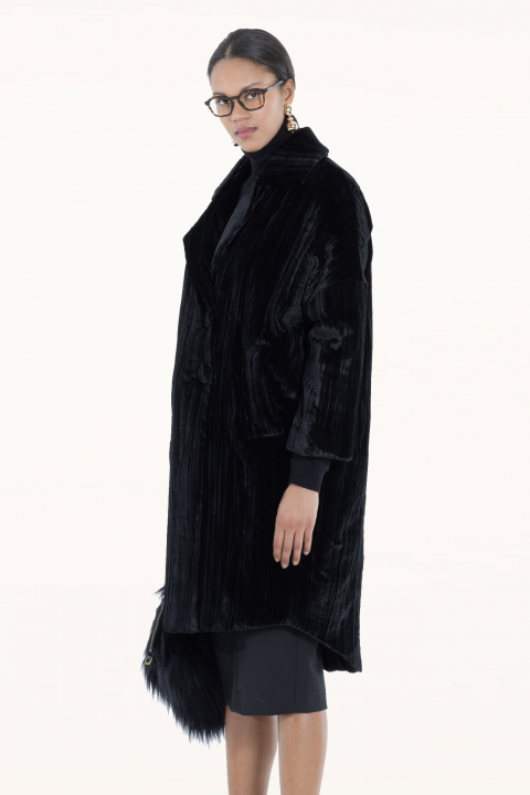 Long coat 9002 in black velvet