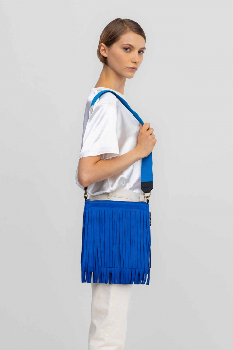 Patch pockets 3023 in ecosuedeelectric blue
