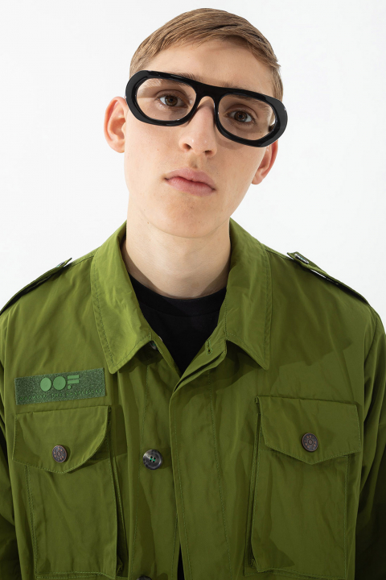Men's short safari jacket in olive military style memory