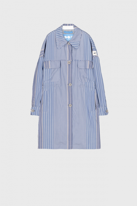 Women's oversized shirt style jacket in light blue striped viscose