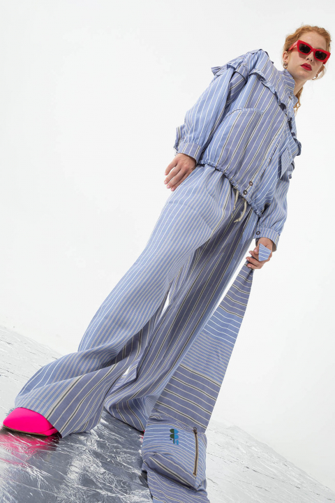 Short oversized blouson with ruches and drawstring in blue striped viscose