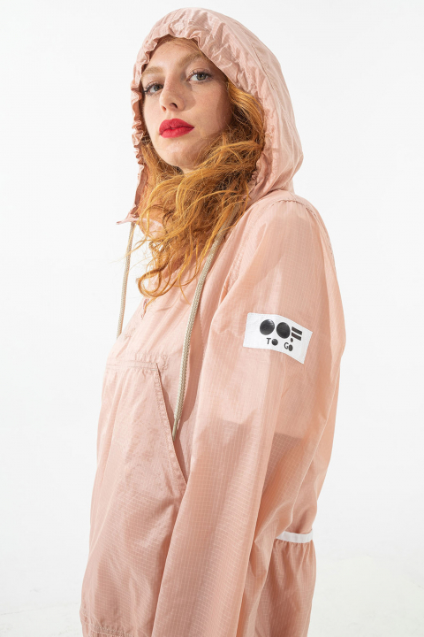 Unisex ultralight nylon sweatshirt with hood in pink