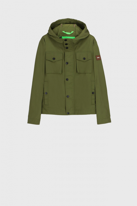 Men's short jacket with hood and patch pockets in green