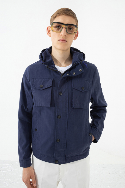 Men's short jacket with hood and patch pockets in midnight blue
