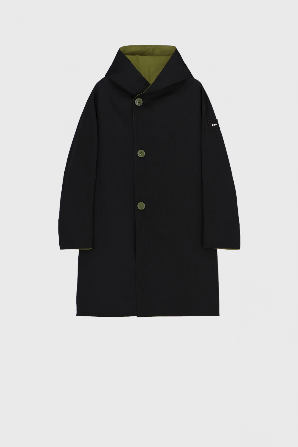 Reversible raincoat with hood in olive and black