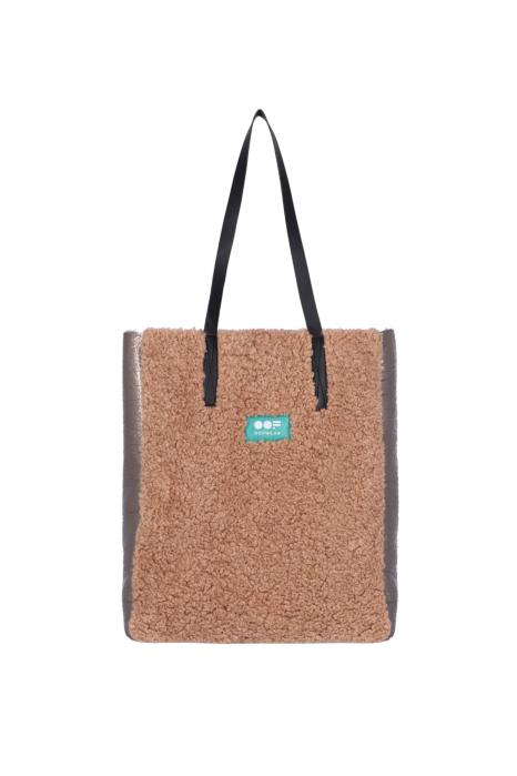 Bag 3002 in dove eco-sheepskin