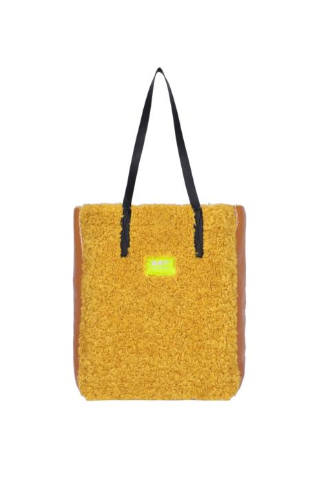 Bag 3002 in yellow eco-sheepskin