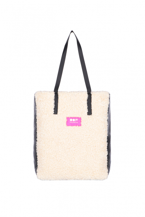 Bag 3002 in black eco-sheepskin