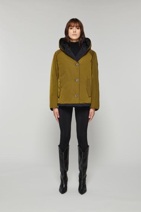 Short jacket 9006 in green/black shape memory fabric