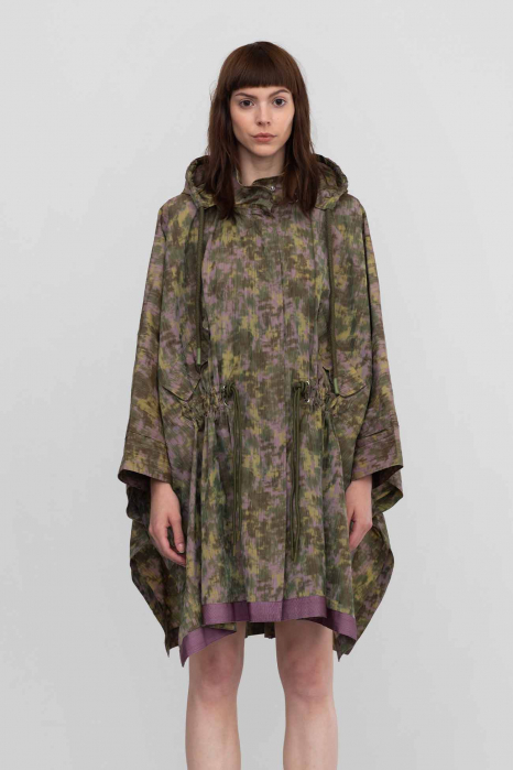 Cape 9019 in trecycled fabric green/lilac
