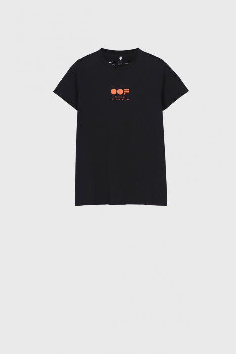 Women's slim fit t-shirt in black cotton with logo