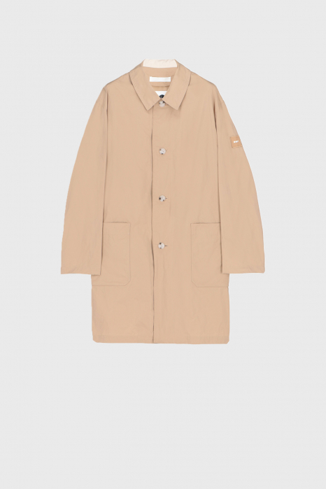 Men's long raincoat with shirt neckline in beige